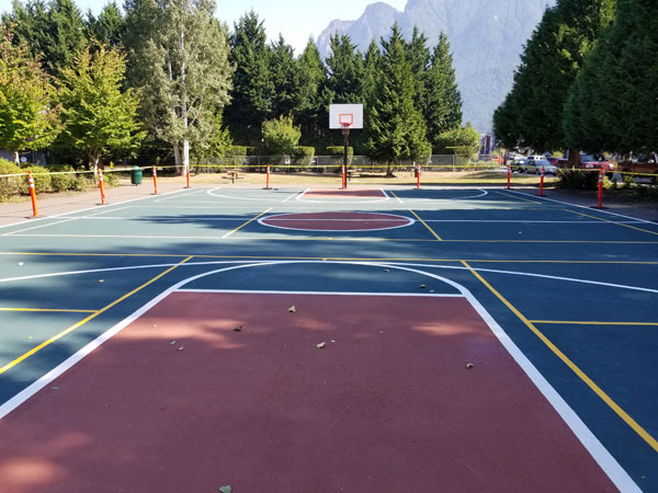 Si View Park Basketball Court
